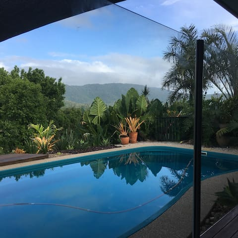 Amazing valley views with pool, 8mins from Airlie - Cannon Valley - Muu