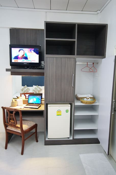 Private room with LED TV  , free WIFI ,fridge and electric kettle