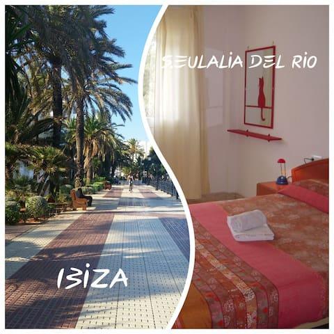 Quiet Beautiful Double Room S.Eulalia 5min beach