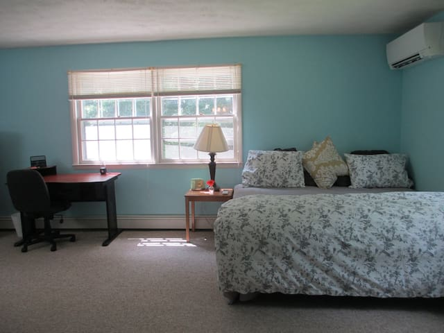 Bright w/ private entry, next to Boone Golf Club