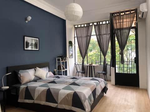 3L Balcony Room near Bui Vien, Ben Thanh Market