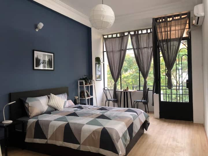 Newly Decorated Room near Bui Vien | PickUs Home