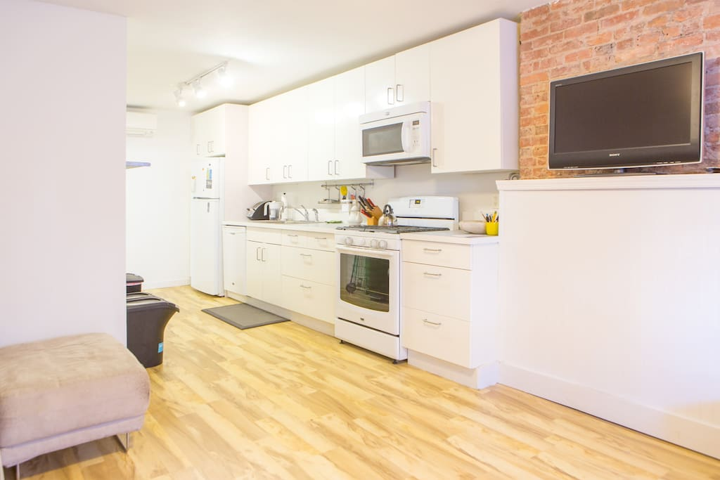 Modern two bedroom apartment apartments for rent in brooklyn new york united states 5 bedroom apartment brooklyn