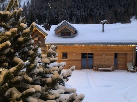Shelter 'cottage