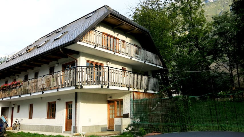 Mala Vas Chalet - Bovec Apartment - Bovec - Apartment