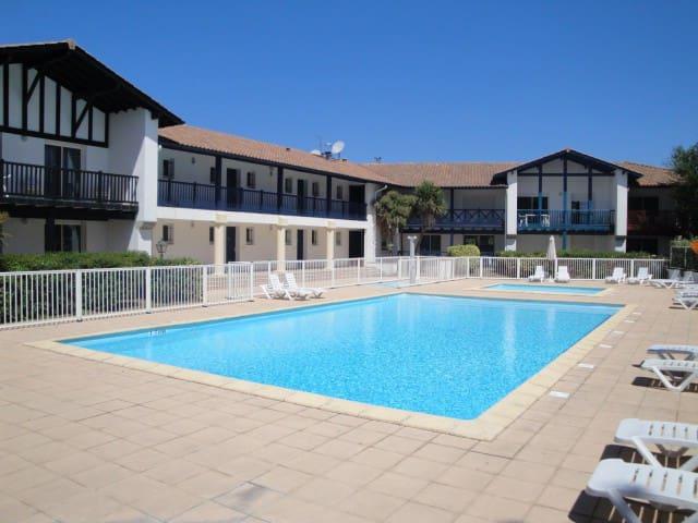 Appt 50m² avec piscine et superbe Vue Golf