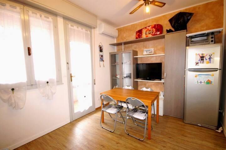 appartamento a 2 passi dal mare - Lido delle Nazioni - Apartemen
