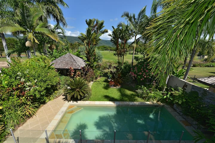 Sanctuary at Thornton    Luxury Port Douglas Villa