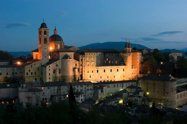 Beautiful Italian Countryside - Castello di Cavallino