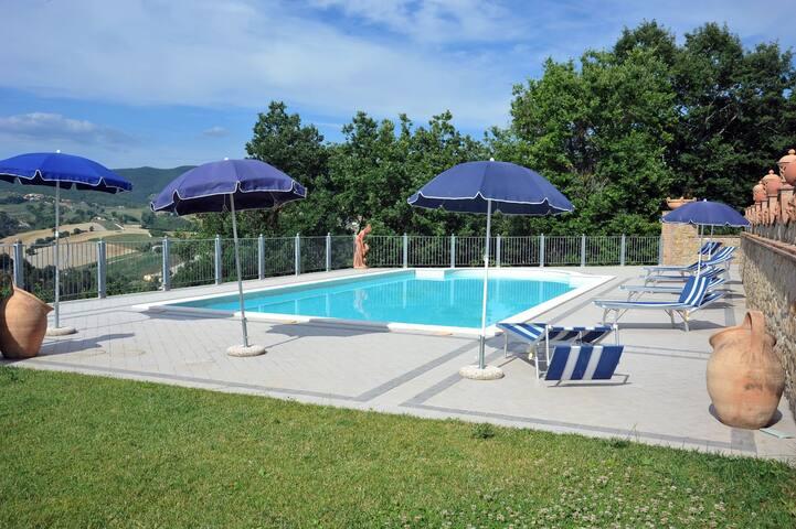 Grazioso Appartamento in Umbria - Collazzone