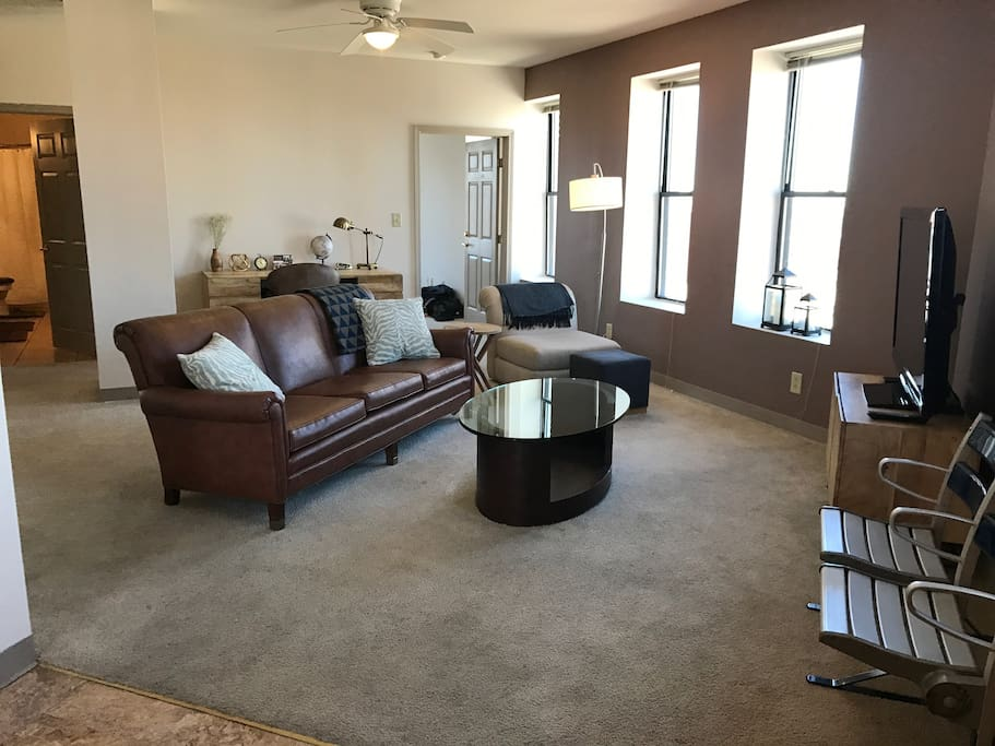 Penthouse on mass ave downtown apartments for rent in - 3 bedroom apartments downtown indianapolis ...