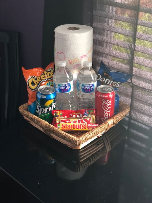 Complementary snacks and drinks