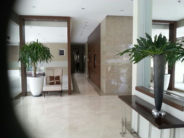 Affordable High End Condo Cebu City - Cebu City - Byt