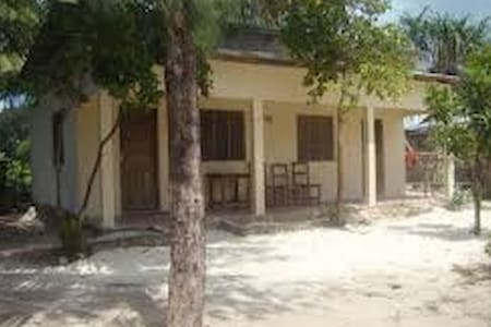 NUNGWI JAMBO BROTHER TWO PEOPLE DELUXE - Bed & Breakfast
