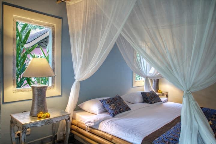 Krisna colonial room Darmada Eco Resort