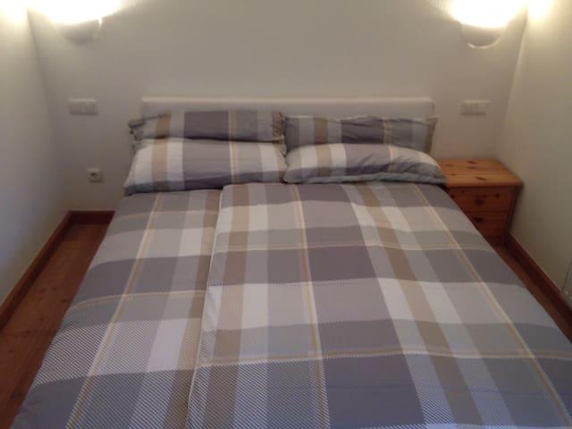 1 Bedroom 5 minutes walk to town - Kitzbuhel - Lakás