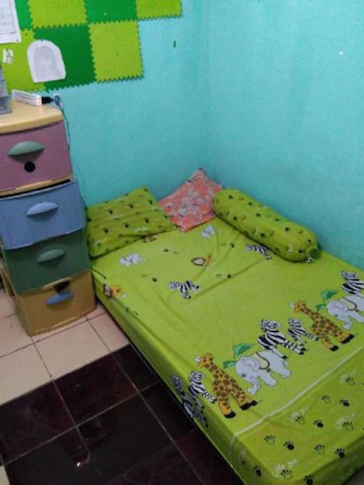 Plastic cabinet, bed