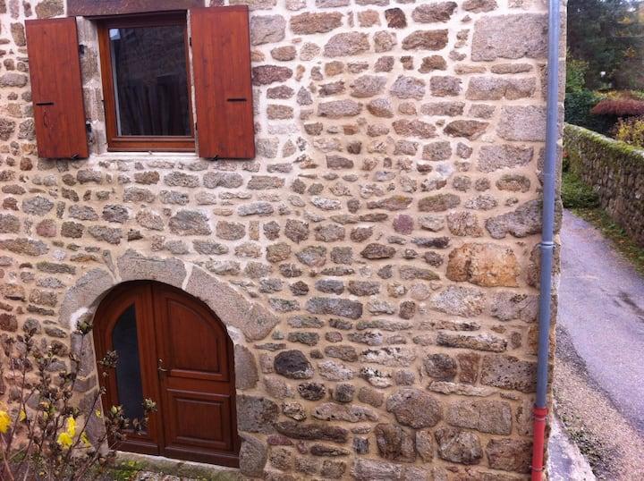 Maison de caractère Ardèche verte