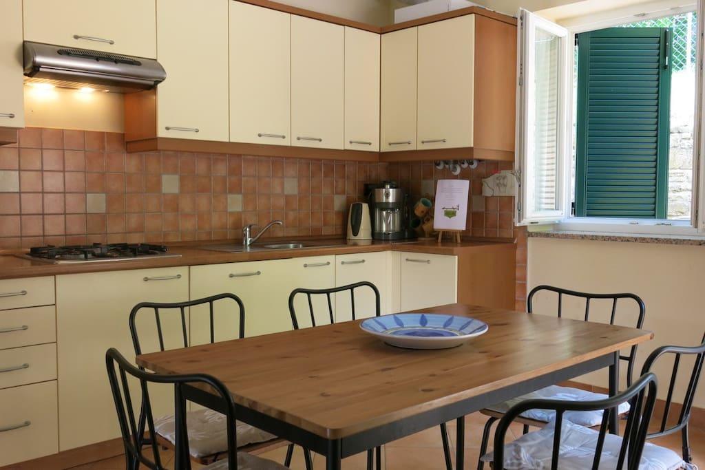 Villa Aurora, House Alba - Dining / kitchen area