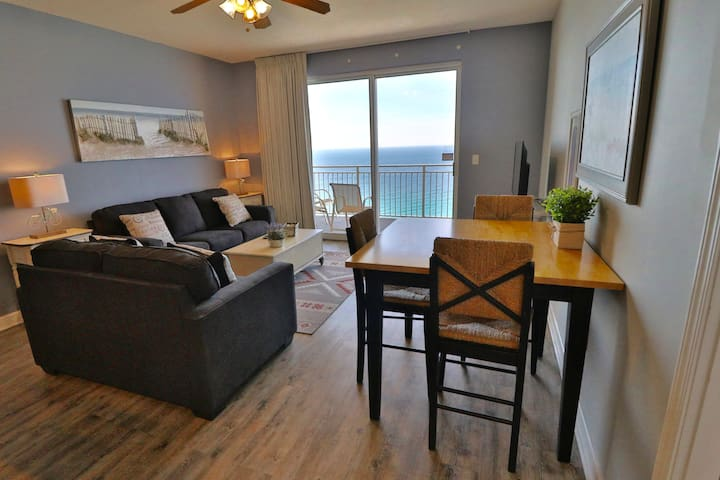 Sterling Reef 2 BR 2 BA Condo on 17th Floor!!