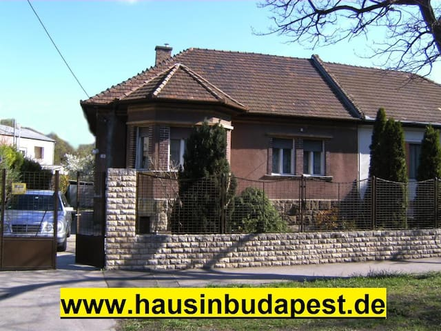 House in Budapes central location - Budapest - House