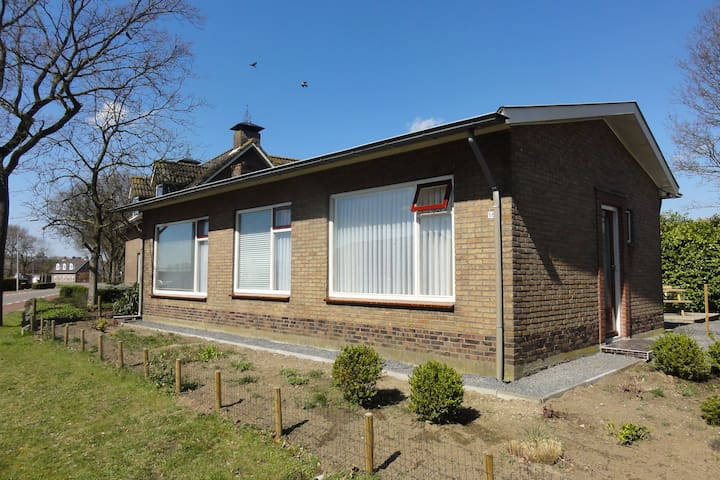 Quaint Holiday Home in Koewacht with Private Garden