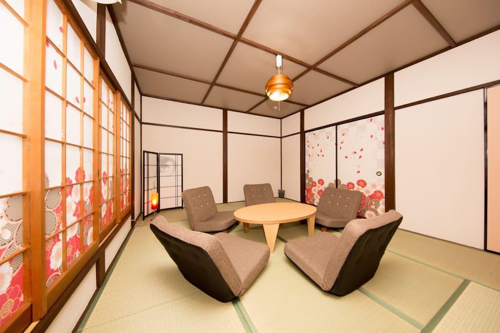 Large Bedroom【2nd floor】