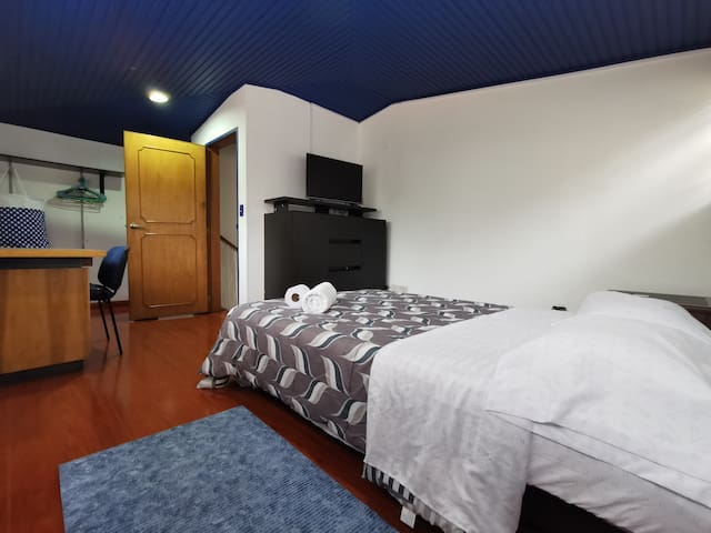 Nice room shared bt  at best place in Bogota