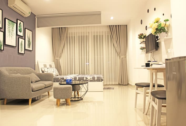 Sky Home - Apartment Near The Airport