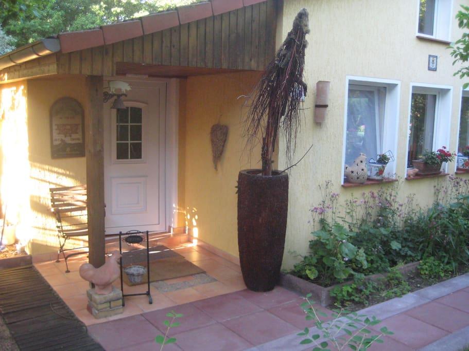 Der Haupteingang ins Ferienhaus