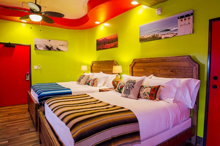 Baja Room