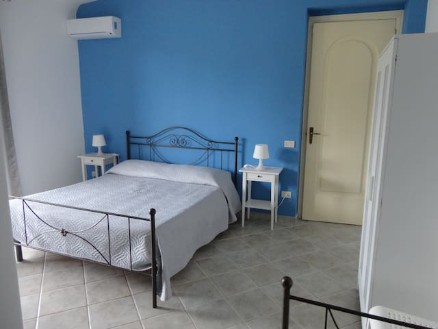 "Bed & Breakfast ""Baciati dal Sole"" - Tripla"