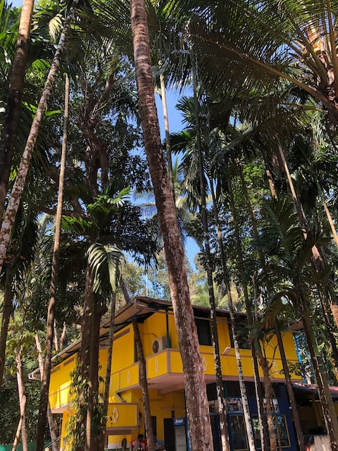 Preethi Farms 3 : Dorm Style Stay in Nature's Lap