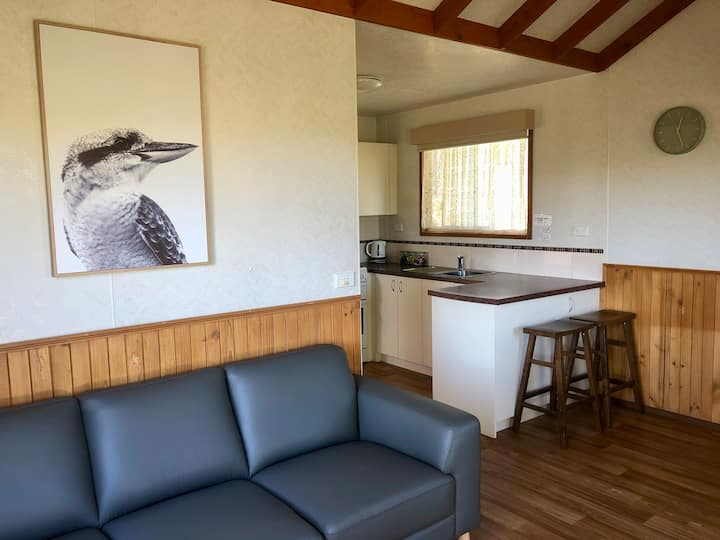 Daysy Hill Country Cottages - Two Bedroom Cabin