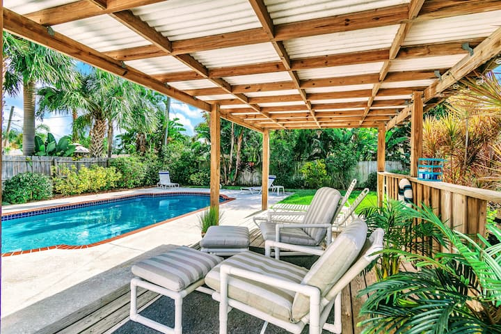 POOL Beach Cabana House A++ Location! Monthly