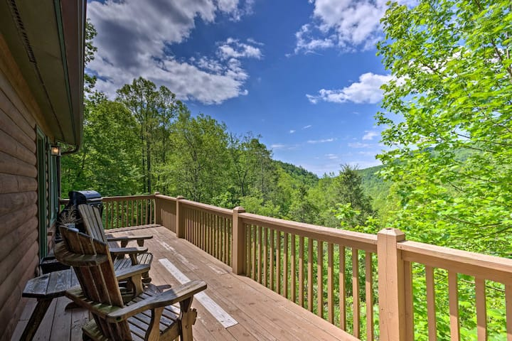 Secluded Lenoir Cabin 15 Mins to Blowing Rock