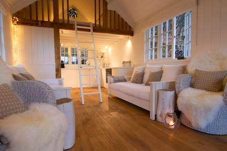 beautiful romantic hideaway for two - Cumbria - Blockhütte