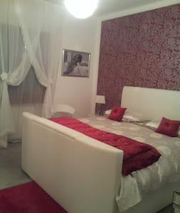 Sardegna suite in villa con piscina - Mores