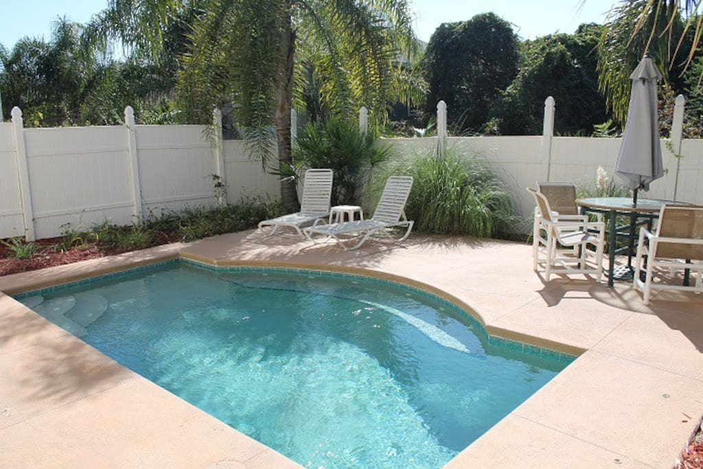 Pelican way 4 bedroom 3 bath pool houses for rent in for Bath house florida