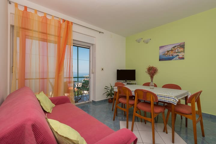 Extra liveing room, which with balcony gives a lot of comfort.