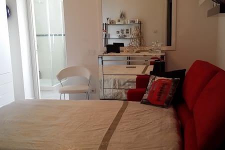 Sardegna, matrimoniale in villa - Mores - Vila