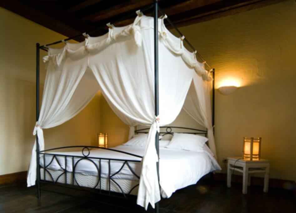 jauregia chambres d 39 h tes saint tienne de ba gorry. Black Bedroom Furniture Sets. Home Design Ideas
