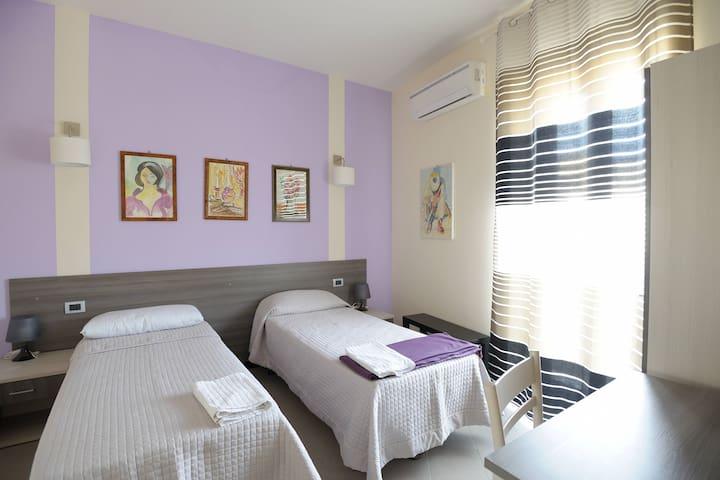 """Casa Natia - """"O' Carminu"""" - Favara - ที่พักพร้อมอาหารเช้า"""