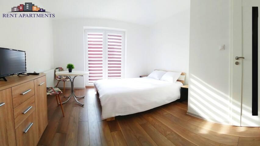 Rent Apartments - Fredry 20
