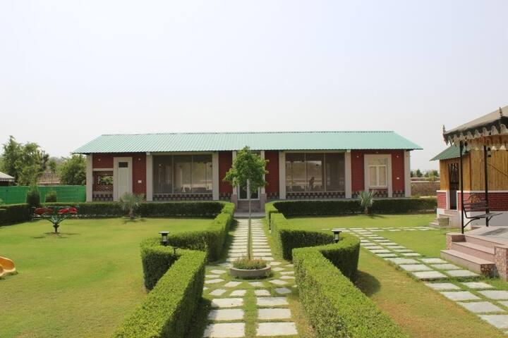 Kherwadi Farm