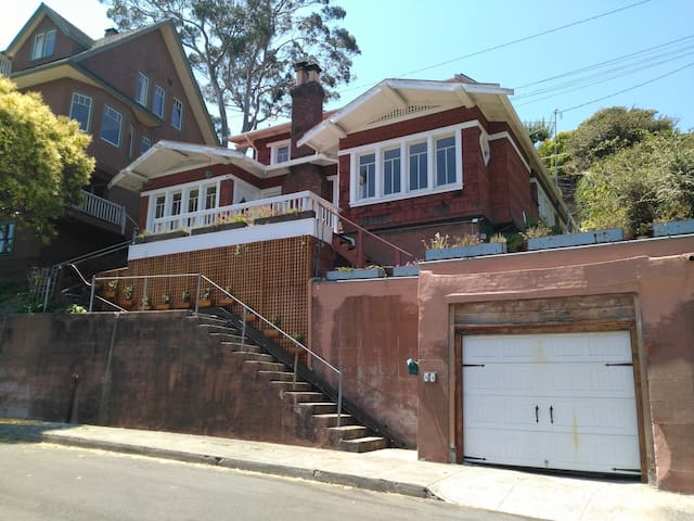 The house to yourself - Point Richmond Craftsman