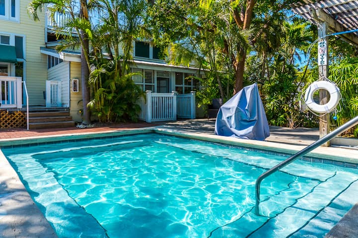 Gorgeous Space in the Heart of Key West | Shared Outdoor Pool + Complimentary Loaner Bikes