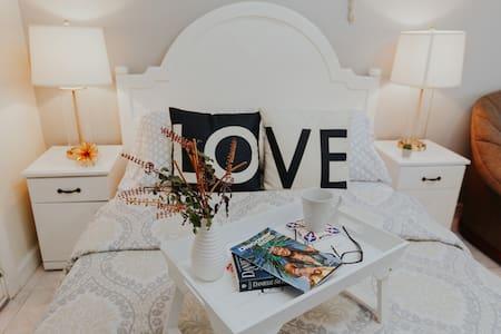 -40% Convenient Studio Perfect for Romantic Getway