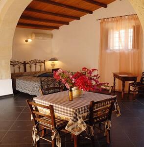 Casa del Massaro Vito  con Piscina - Villa