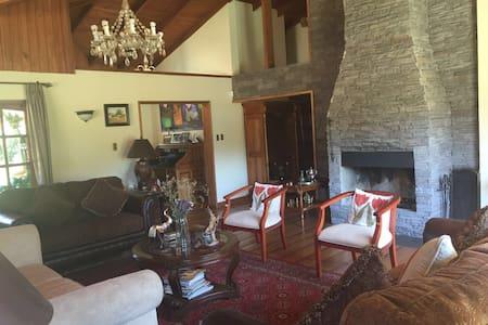 Casa De campo estilo Colonial - Curicó - Hus